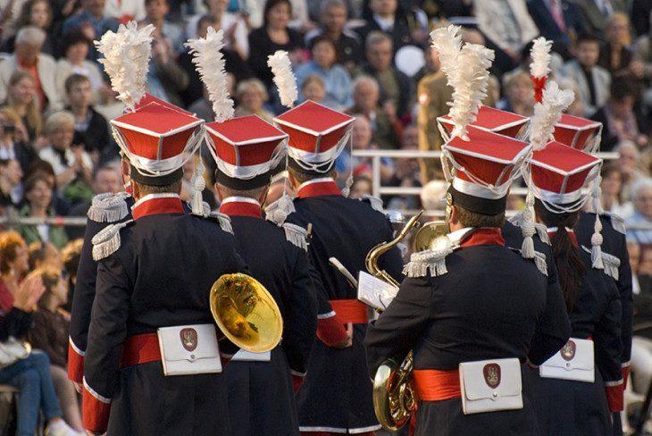 ...orkiestra tusz!...